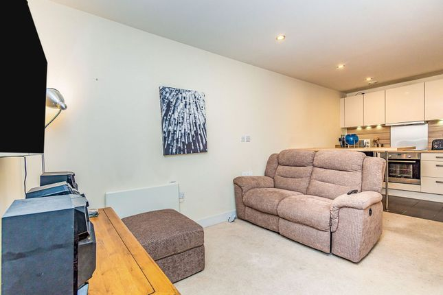 Living Room of Rushley Way, Reading RG2