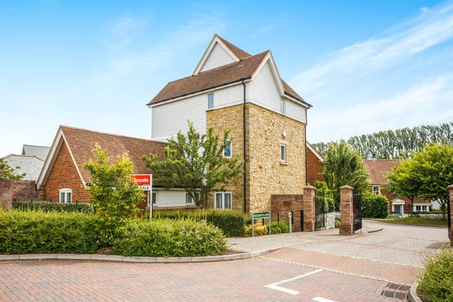 Thumbnail Detached house for sale in Shoesmith Lane, Kings Hill, West Malling