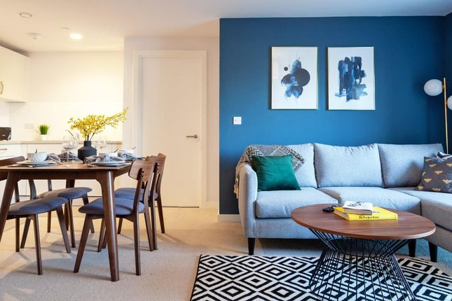 Thumbnail Flat to rent in Aston Place, Suffolk Street