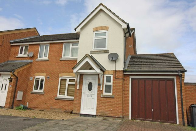 Thumbnail Semi-detached house to rent in Grange Beck, Didcot