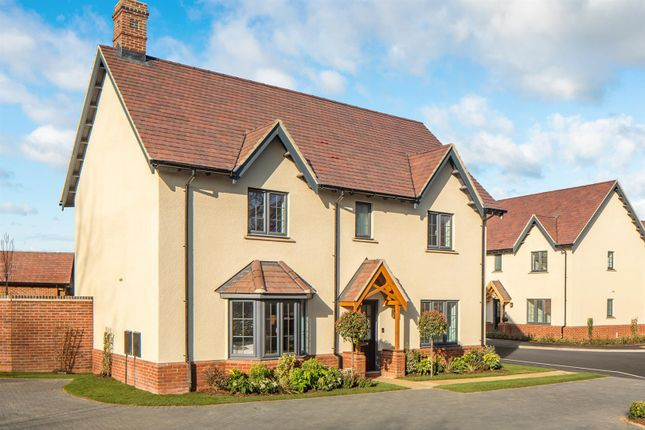 4 bed detached house for sale in Newport Road, Woburn Sands MK17