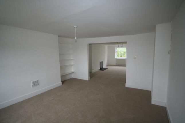 Thumbnail Triplex to rent in Crooms Hill, Greenwich