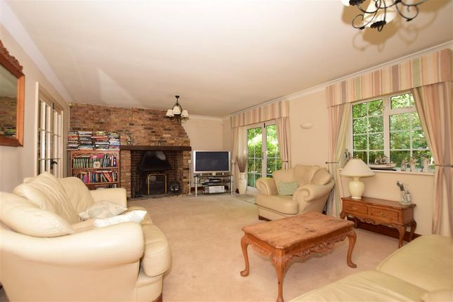 Lounge of High Street, Eynsford, Kent DA4