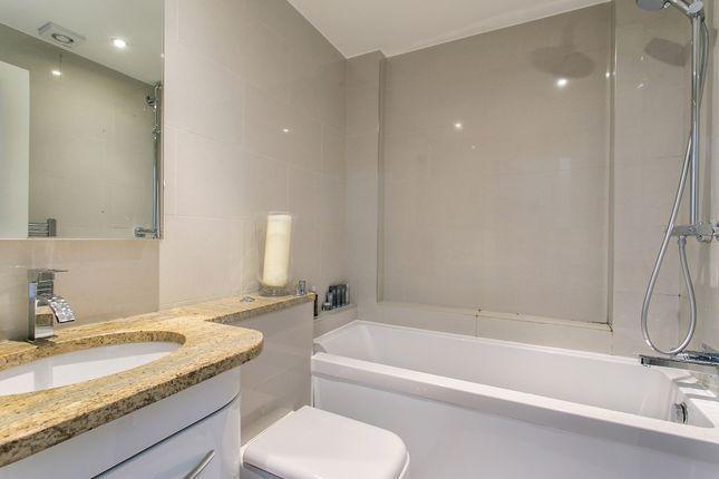 Bathroom of Portobello Road, London W11