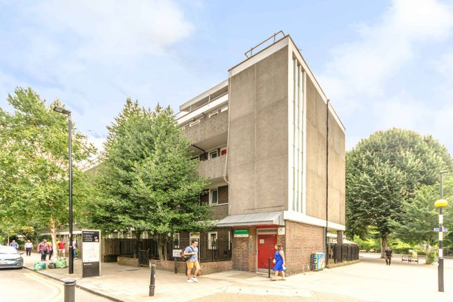 Thumbnail Flat for sale in Joseph Trotter Close, Clerkenwell