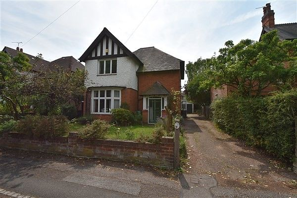 Thumbnail Property for sale in Elm Avenue, Beeston
