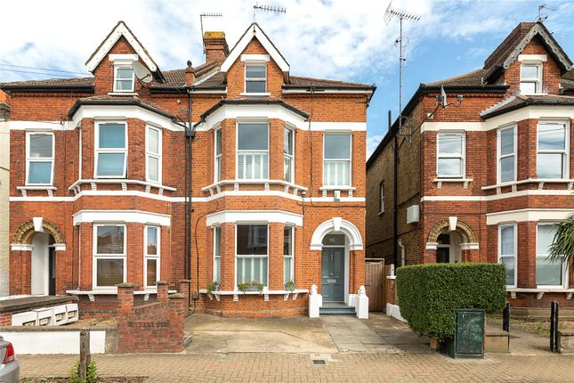 Picture No. 03 of Ormeley Road, London SW12