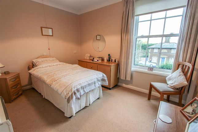 Master Bedroom of The Chestnuts, West Street, Godmanchester, Cambridgeshire PE29