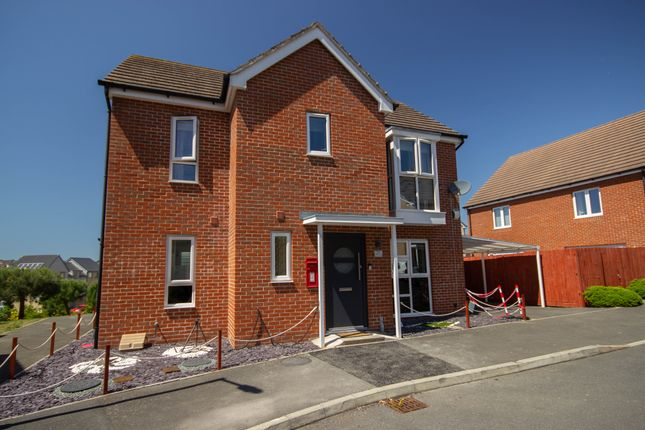 Thumbnail Detached house for sale in Royal Architects Road, East Cowes