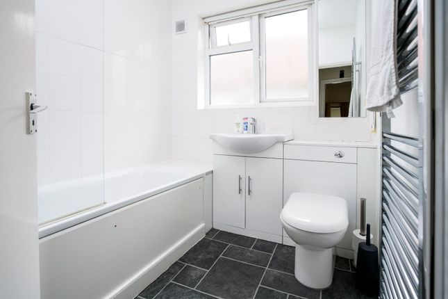 Bathroom of Teignmouth Road, London NW2