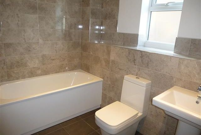 2 bed flat to rent in King Street, Great Yarmouth NR30