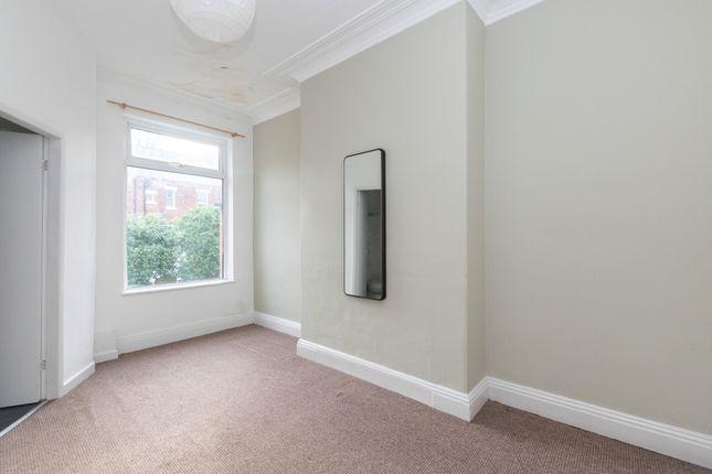 Flat 3 Bedroom A of Oakwood Avenue, Leeds LS8