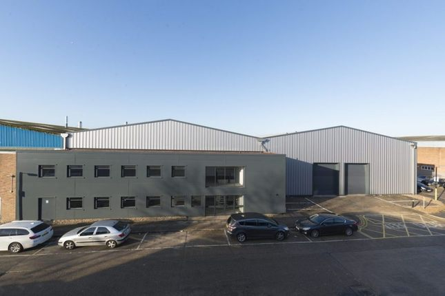Thumbnail Industrial to let in Martinbridge Trade Park, Lincoln Road, Enfield