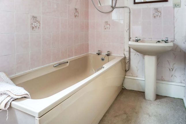 3 bed detached bungalow for sale in Street, North Somercotes LN11
