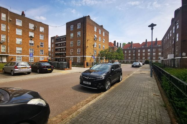 1 bed flat for sale in Brecon House, Stamford Hill, London N16