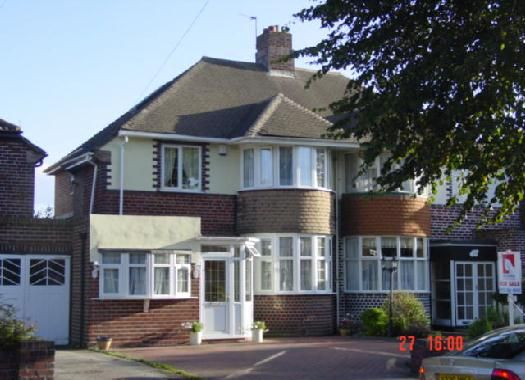 Thumbnail Semi-detached house to rent in Perry Avenue, Birmingham