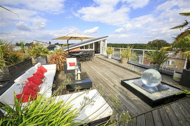 Thumbnail Flat for sale in Twickenham Road, Teddington