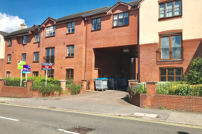 2 bed flat to rent in 94 Hednesford Road, Heath Hayes, Cannock WS12