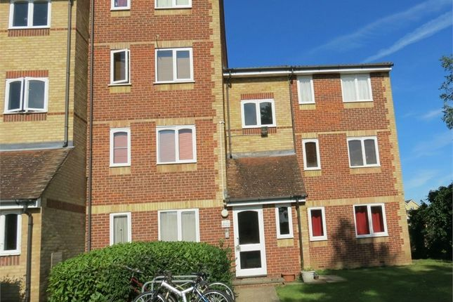 1 bed flat to rent in Himalayan Way, Watford, Hertfordshire