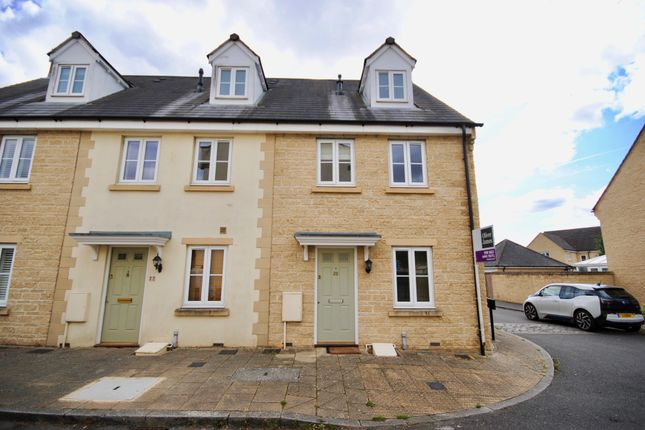 Thumbnail End terrace house to rent in Woodley Green, Witney