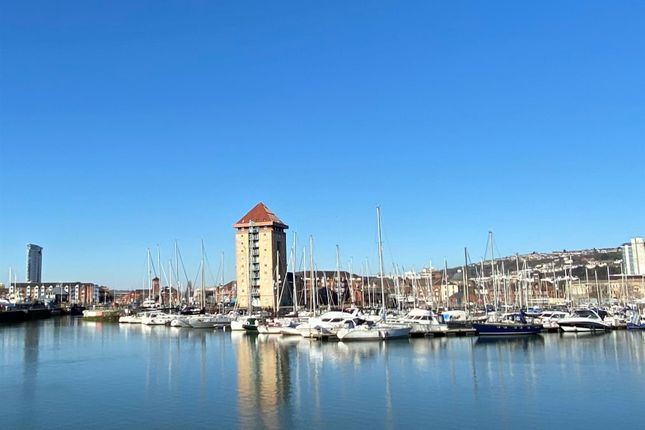 Thumbnail Flat for sale in Pocketts Wharf, Maritime Quarter, Swansea