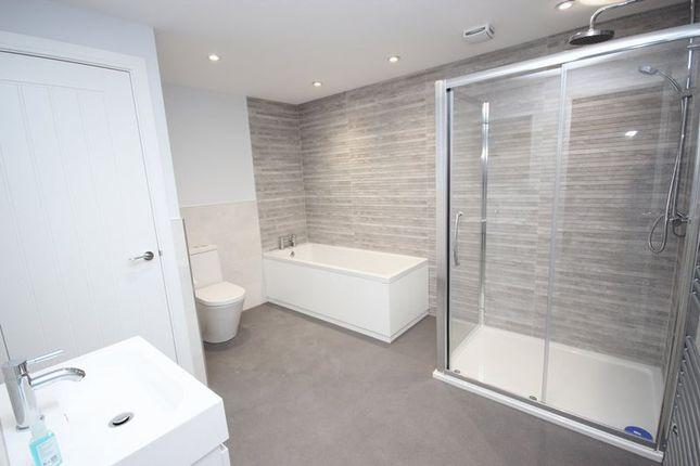 Bathroom of Bay Court, Harbour Road, Seaton EX12