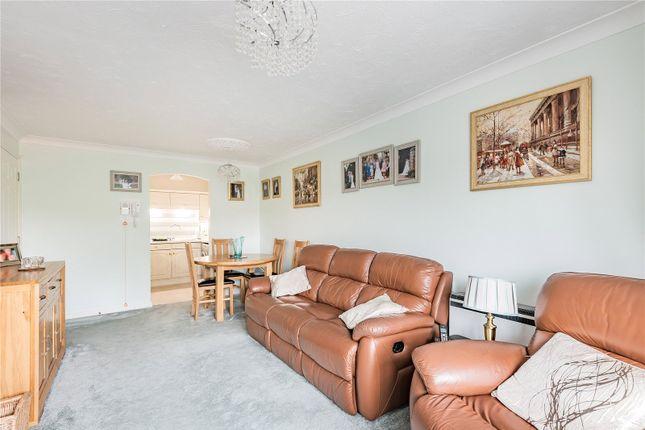 Picture No. 06 of Lutyens Lodge, 523 Uxbridge Road, Pinner HA5