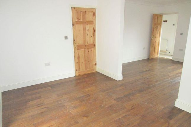 Thumbnail Detached house to rent in Kestrel Close, Cardiff