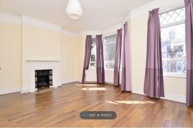 Thumbnail 2 bed maisonette to rent in Forthbridge Road, London
