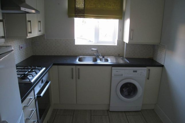 Kitchen of Russell Walk, Exeter EX2