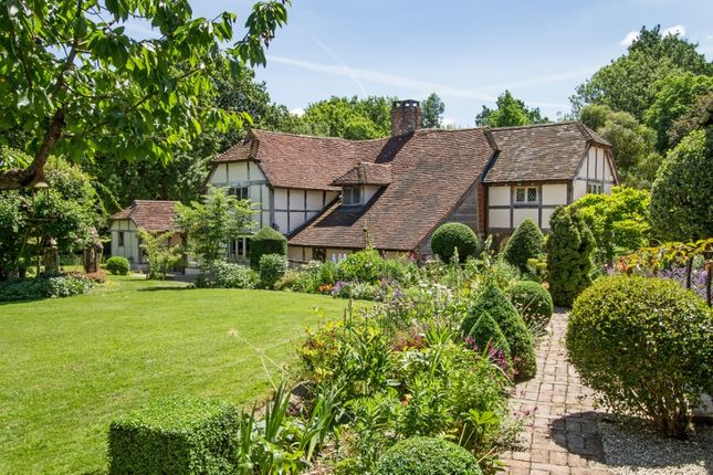 Thumbnail Detached house to rent in Steers Common, Kirdford, Billingshurst