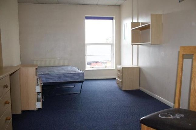 1 bed flat to rent in london road sheffield s2 43396010. Black Bedroom Furniture Sets. Home Design Ideas