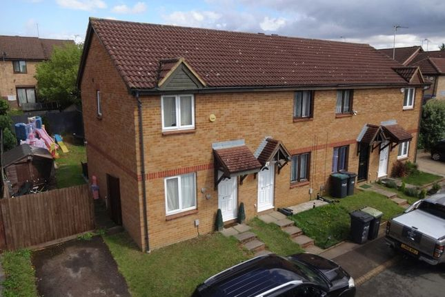 Thumbnail End terrace house for sale in Gilderdale, Luton