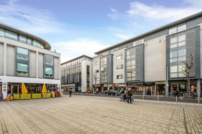 2 bed flat for sale in Regent Street, Brighton