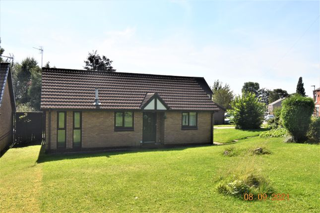 2 bed detached bungalow to rent in Long Lane, Hindley, Wigan WN2
