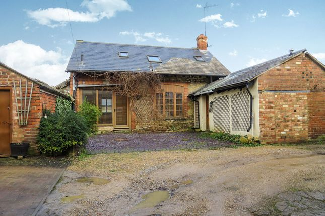 Thumbnail Barn conversion for sale in Hill Street, Raunds, Wellingborough