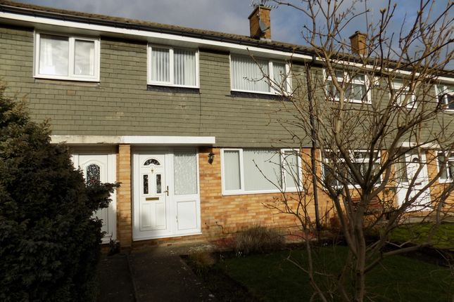 3 bed terraced house to rent in Kingsway, Darlington