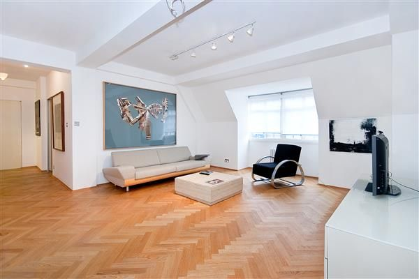 2 bed flat for sale in Sloane Street, Knightsbridge