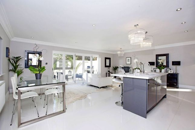 Thumbnail Detached house for sale in Kingswood Rise, Englefield Green, Egham
