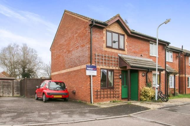2 bedroom end terrace house for sale in Witham Close, Taunton