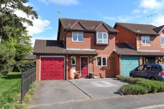Thumbnail Link-detached house for sale in Leominster, Herefordshire