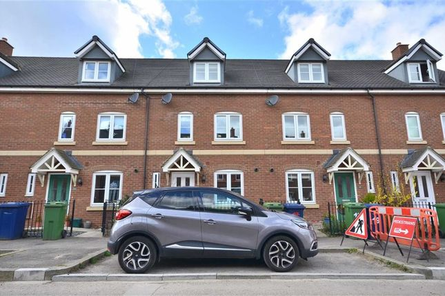 4 bed terraced house for sale in Brockworth Road, Churchdown, Gloucester