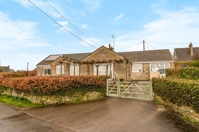 Thumbnail Detached bungalow for sale in Oakridge Lynch, Stroud