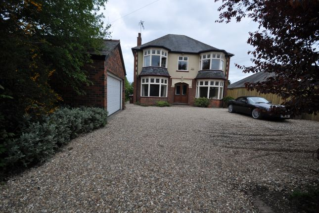 Thumbnail Detached house for sale in Holderness Road, Hull