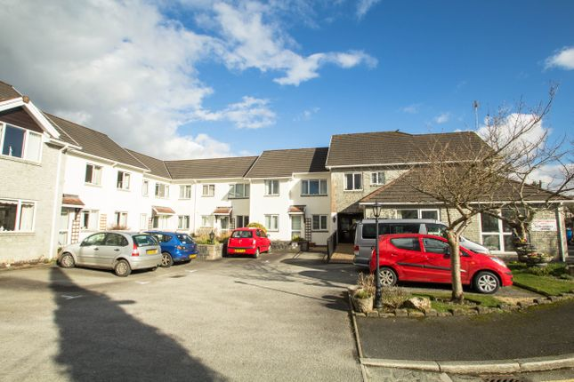 Thumbnail Flat for sale in Parkwood Road, Tavistock