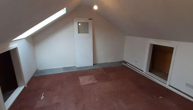 Photo 21 of One Bedroom Flat, Birkhall Road, London SE6