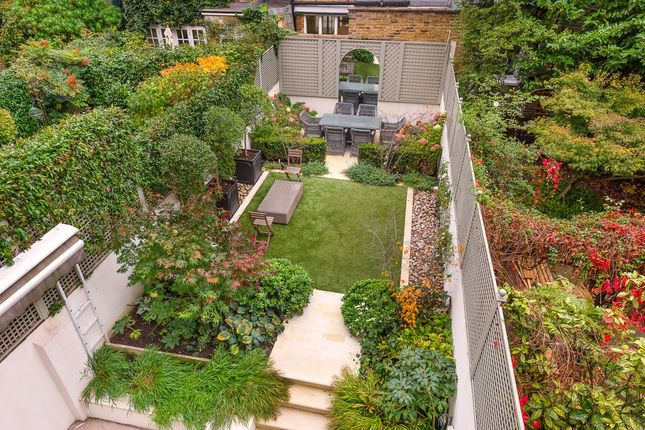 Thumbnail Terraced house for sale in Cliveden Place, Belgravia