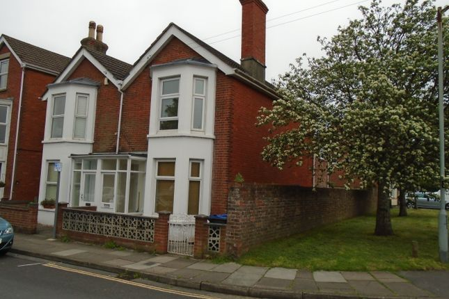 Thumbnail Flat to rent in St Pauls Road, Salisbury