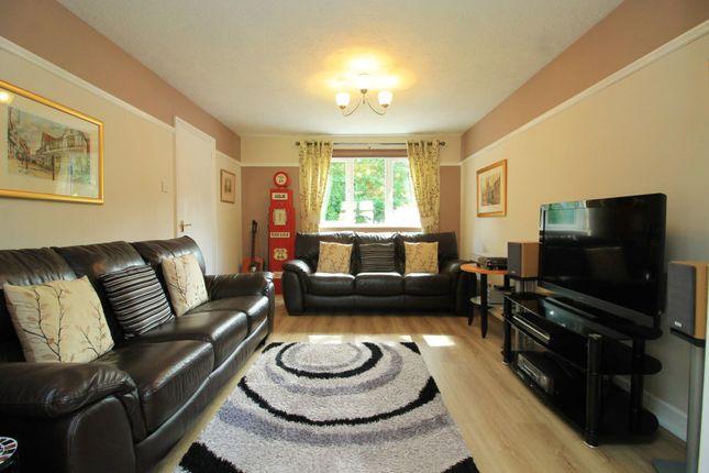 Living Room of Yeoman Close, Ledbury HR8