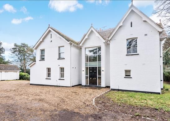 Thumbnail Detached house to rent in Priory Road, Ascot, Berkshire